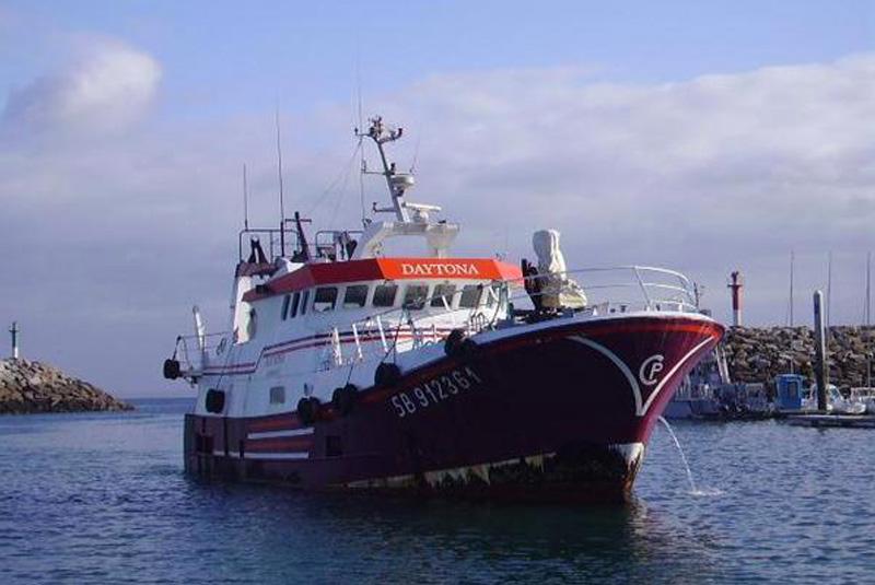 bateau de peche ferrari